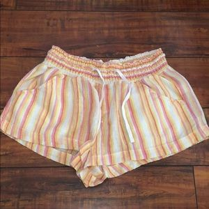 Old Navy lounge shorts w pockets!
